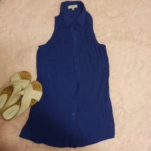 Umgee collared, sleeveless button up blouse